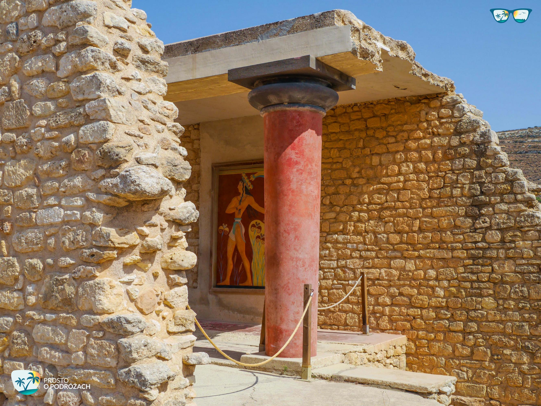 Odnowiona kolumna w Knossos
