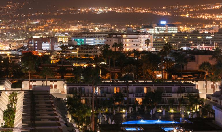 Costa Adeje nocą