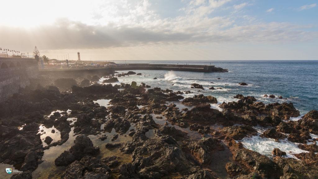 Chwile przed zachodem słońca w Puerto de la Cruz